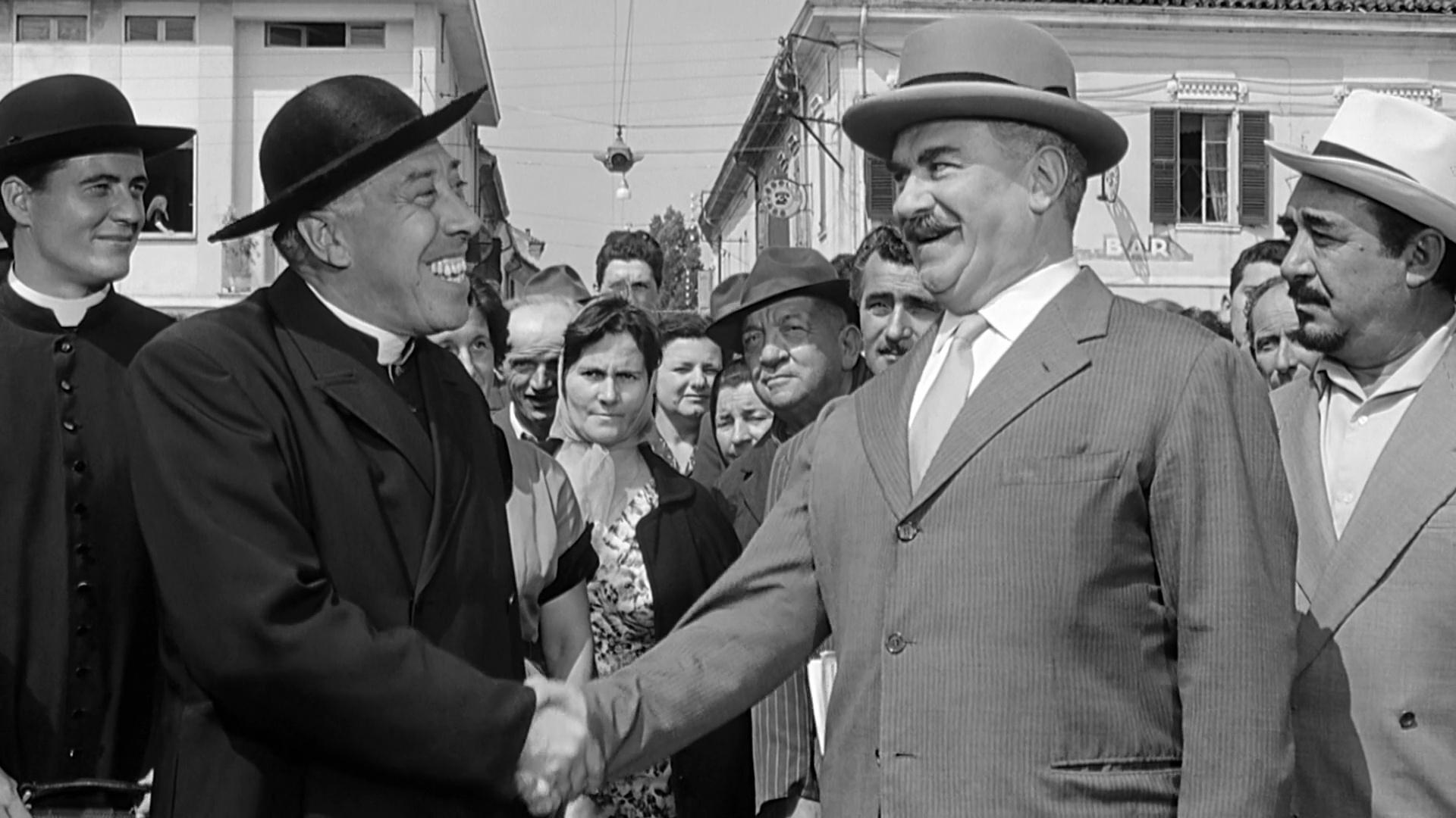 Don Camillo e Peppone il ritorno